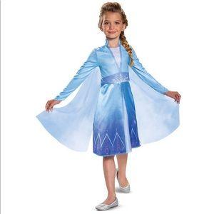 NWT Disney Frozen 2 Elsa Costume size Small